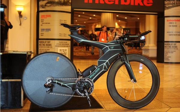 Weiss setzt 2015 auf Falco Bikes 1