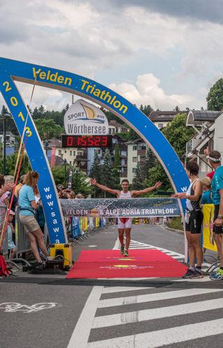 Italien und Slowenien siegreich beim Velden Triathlon 1