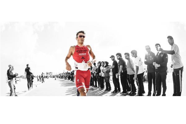Gomez führt neues Triathlon Team an 1
