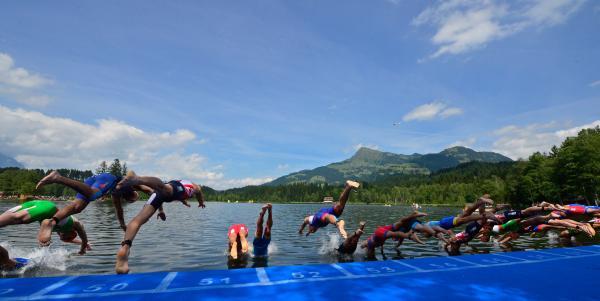 Starterfeld der Staatsmeisterschaften über die Olympische Distanz in Kitzbühel 1