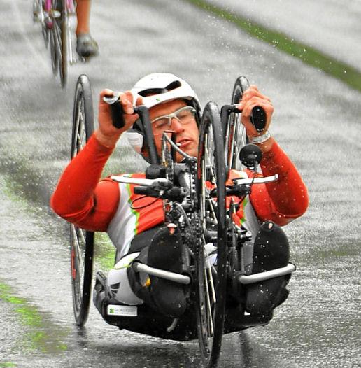 Erster Athlet finisht einen Double - Ironman 1