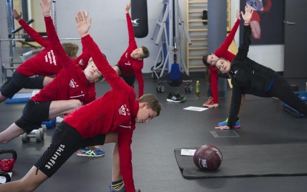 Skinfit unterstützt Vorarlberger Nachwuchs Athleten im Training 1