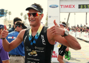 Weiss bei IRONMAN Arizona am Start 2