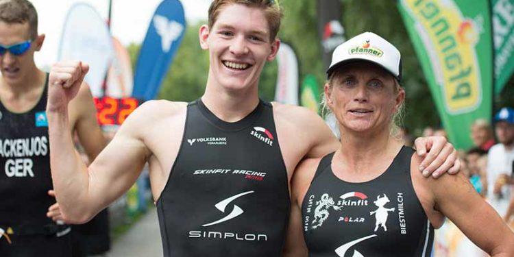 Die beiden Sieger des Jannersee Triathlons 2016 mit Lukas Pertl und Yvonne Van Vlerken