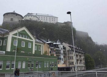 Schneetreiben in Kufstein am Tag vor dem Triathlon-Saisonauftakt