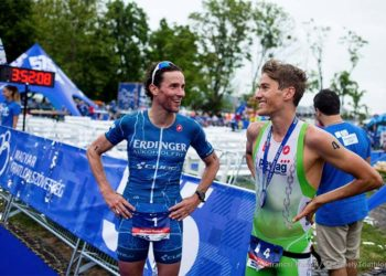 Sieger Andreas Raelert und Thomas Steger beim Keszthely Triathlon