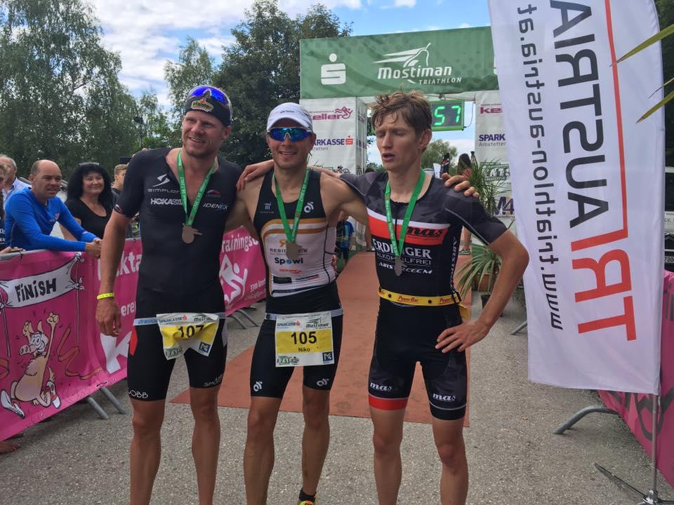 Van Vlerken und Wihlidal gewinnen Mostiman 1