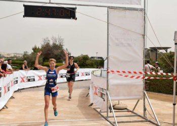 Carina Wasle jubelt über Rang 2 beim XTERRA Malta 2018