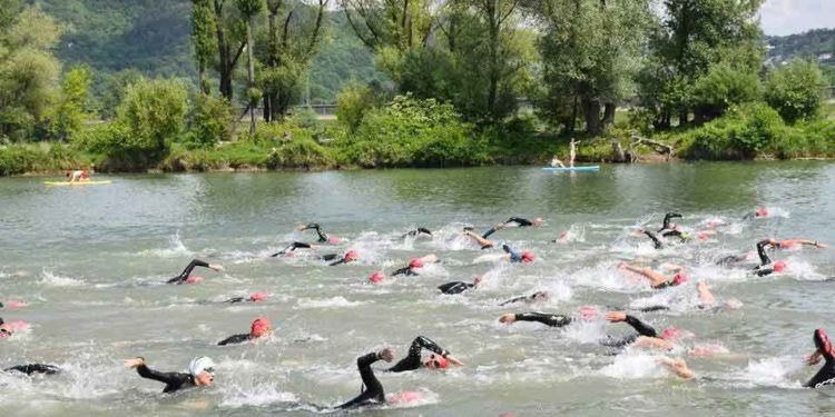 Zahlreiche Teilnehmer beim Austria Swim Open im Barracuda Resort