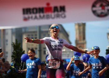 Siegerin des zweiten IRONMAN Hamburg: Sarah Crowley | Foto: IRONMAN