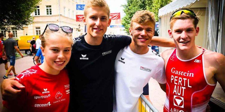 Lukas Pertl mit Team bei der Europameisterschaft in Tartu 2018