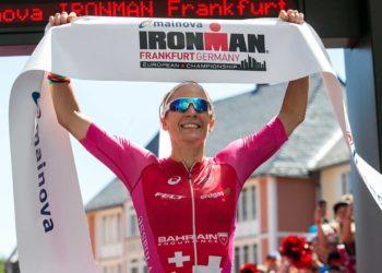 Daniela Ryf läuft bei der IRONMAN European Championship mitten unter die besten Herren | Foto: Getty Images for IRONMAN