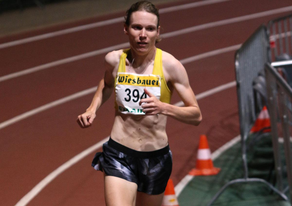 Sandrina Illes gewinnt über 3.000 Meter