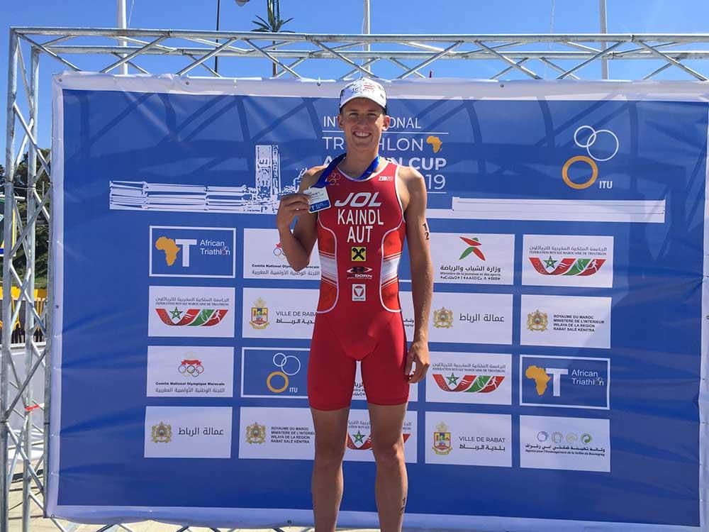 Tjebbe Kaindl gewinnt den Continentalcup Bewerb in Marokko