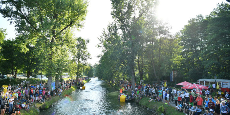 Der Lendkanal! Das Highlight der IRONMAN Austria Schwimmstrecke  | Foto: Getty Images for IRONMAN