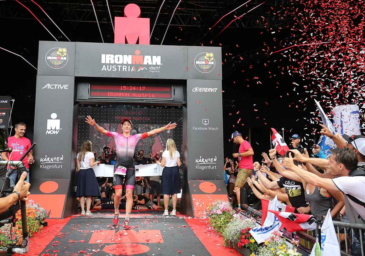 Daniela Ryf siegt beim IRONMAN Austria 2019 | Foto: Getty Images for IRONMAN