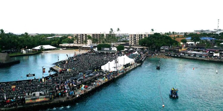 Das Pier von Kailua Kona - die Wechselzone des IRONMAN Hawaii | Foto: Getty Images for IRONMAN