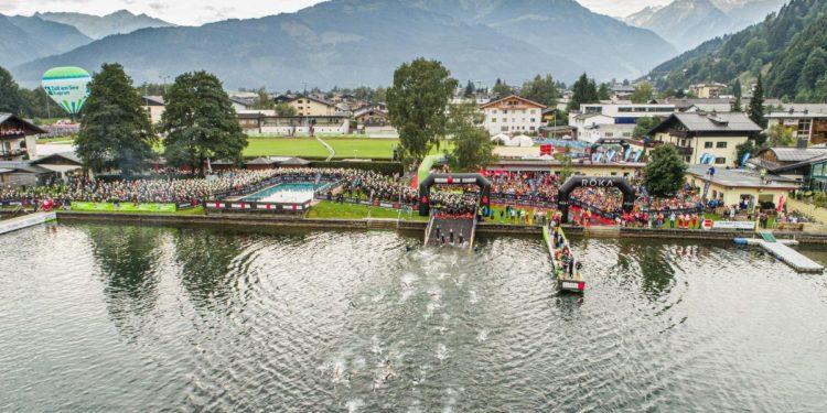 Der eindrückliche Schwimmstart mit Blick auf das Kitzsteinhorn