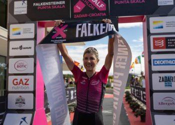Simone Kumhofer gewinnt den Zadar Half Triathlon 2021